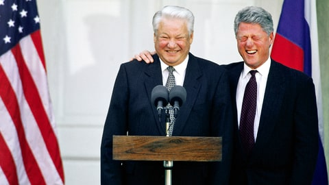 American President Bill Clinton laughs at Boris Yeltsin's jokes during a joint news conference in Hyde Park, New York. | Location: Hyde Park, New York, USA. (Photo by © Wally McNamee/CORBIS/Corbis via Getty Images)