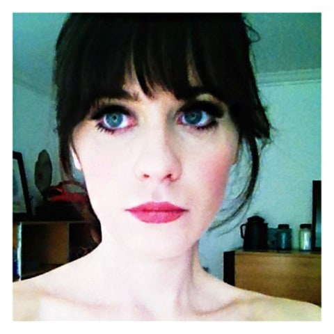 zooey gg iphone pic