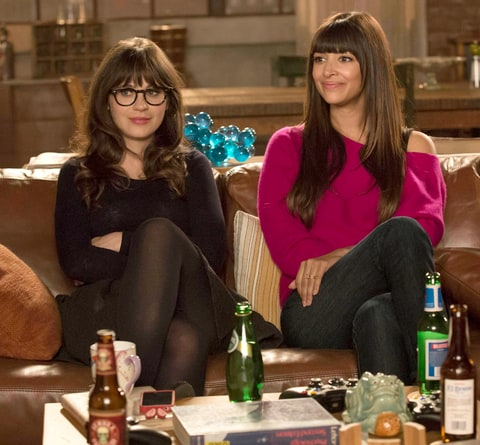 Jess (Zooey Deschanel, L) and Cece (Hannah Simone, R) on New Girl.