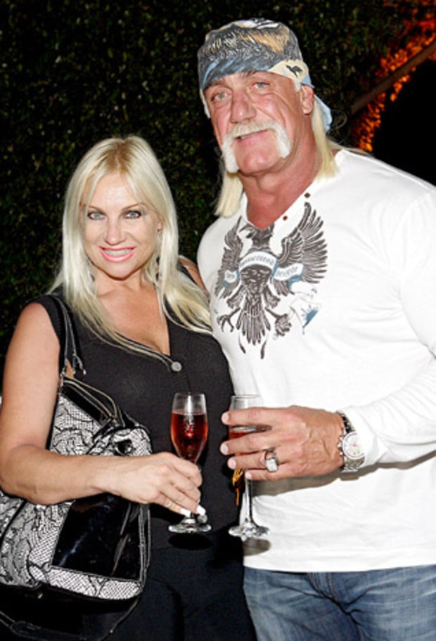 Linda Bollea and Hulk Hogan, Hogan Knows Best