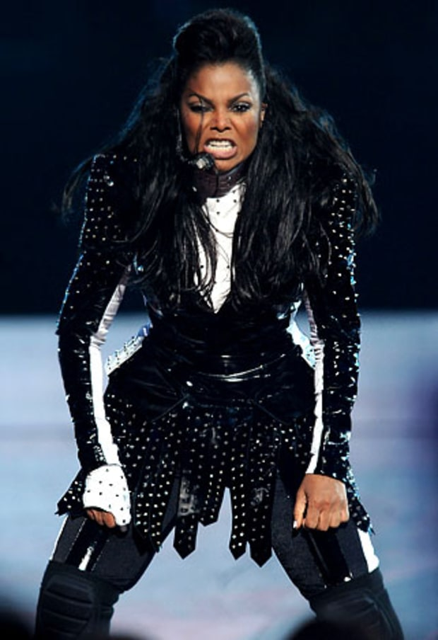 Janet Jackson Performs