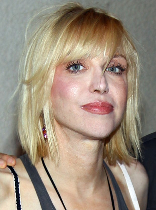 It's Courtney Love!