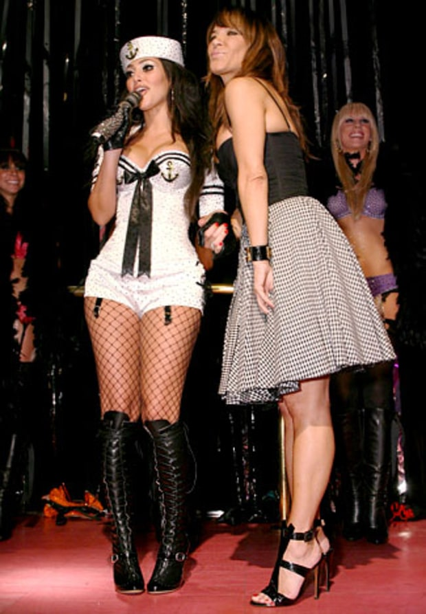 Kim Performs With the Pussycat Dolls