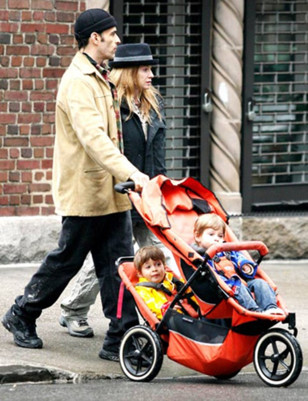 HOLLY HUNTER AND TWINS