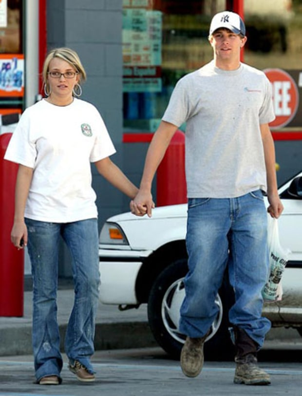 Jamie Lynn Spears: Engaged at 17