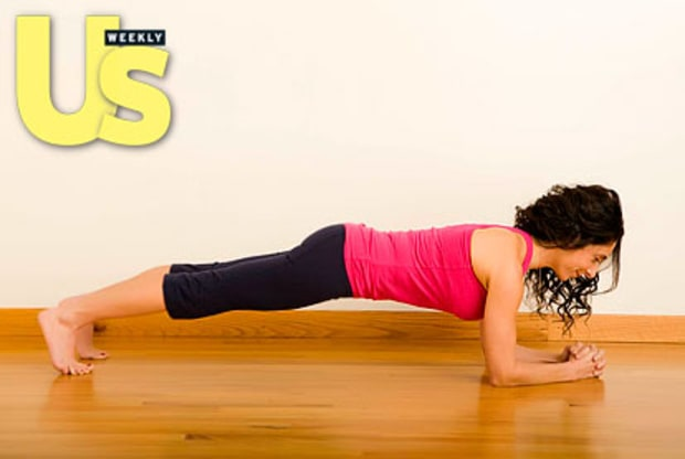 Step 4: Forearm Plank & Leg Lift (Shoulders, Arms, Abs, Legs)