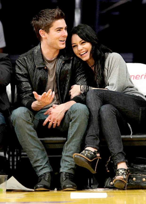Cozy Courtside Couple