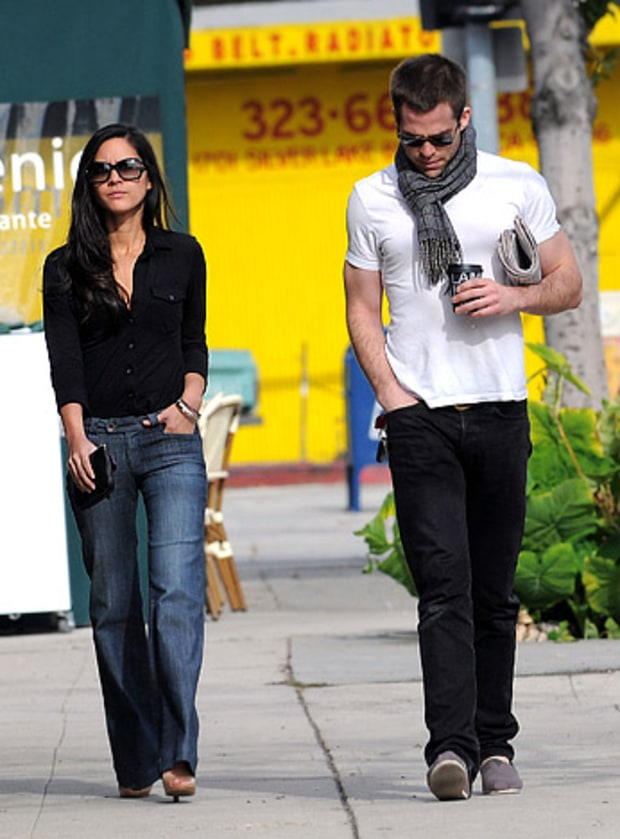 Olivia Munn and Chris Pine