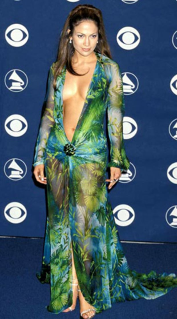 February 2000 Jennifer Lopez S Iconic Style See How Her