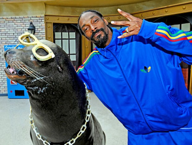 Snoop Goes to Sea World
