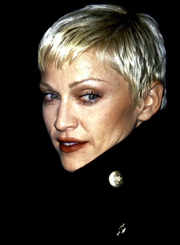 Let's Get A Closer Look At Madonna's Face at the 2014 Grammys ...