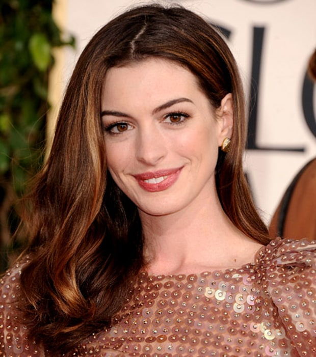 Anne Hathaway's Glossy Waves
