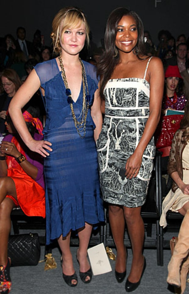 Julia Stiles & Gabrielle Union