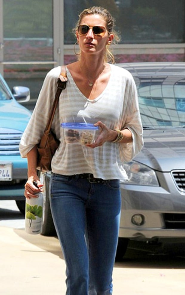 Gisele on the Go