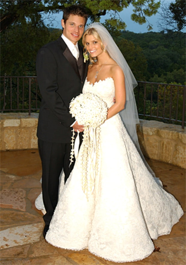 jessica simpson stars who wore vera wang wedding gowns