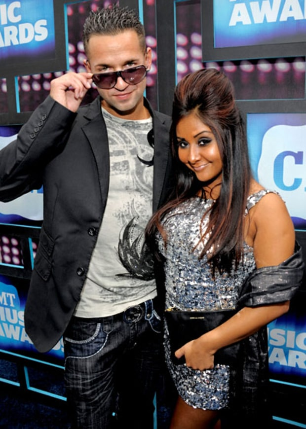 Snooki Hooks Up With The Situation?