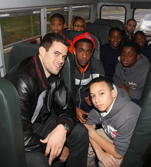 Bus With Humphries