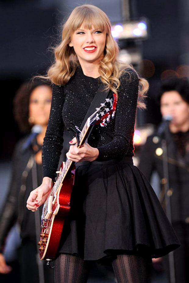 Taylor Rocks Out