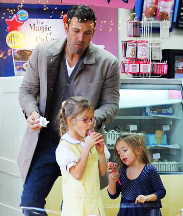 They Have Ice Cream Dates With Dad!