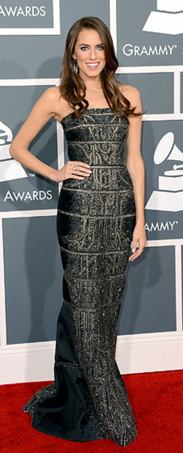 Allison Williams at the 2013 Grammy Awards