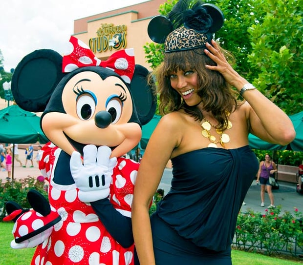 Tyra Banks Modelland: Celebs Visit Disney Theme Parks!