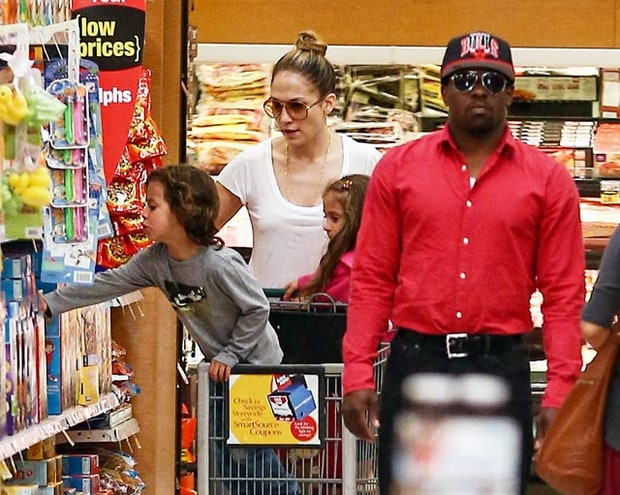J Lo's Supermarket Sweep