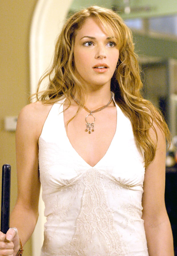 Amanda Righetti: Then