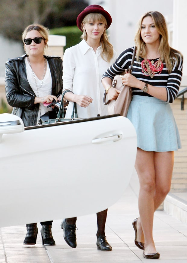 Taylor, Demi Do Retail