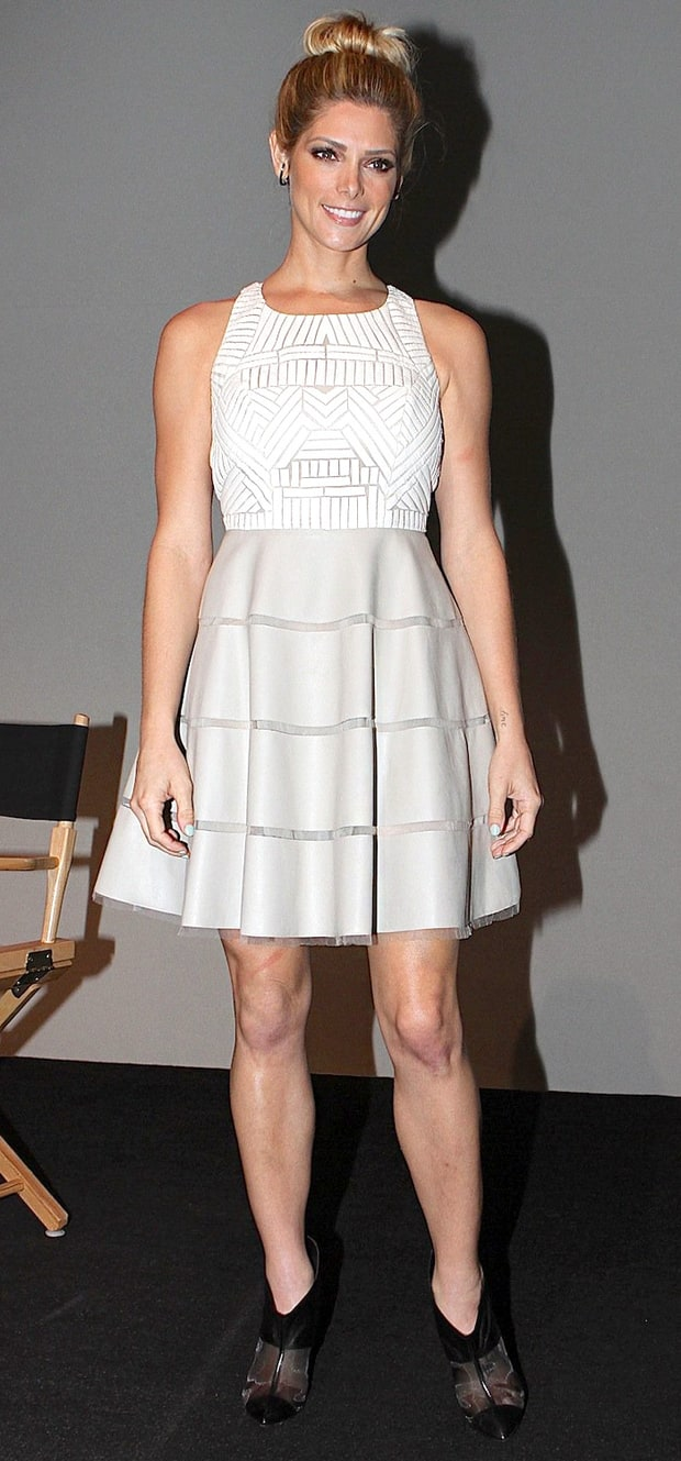 Ashley Greene: Apple Store Soho Presents Meet the Actor