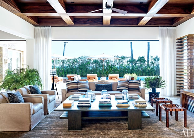 Clooney's Living Room