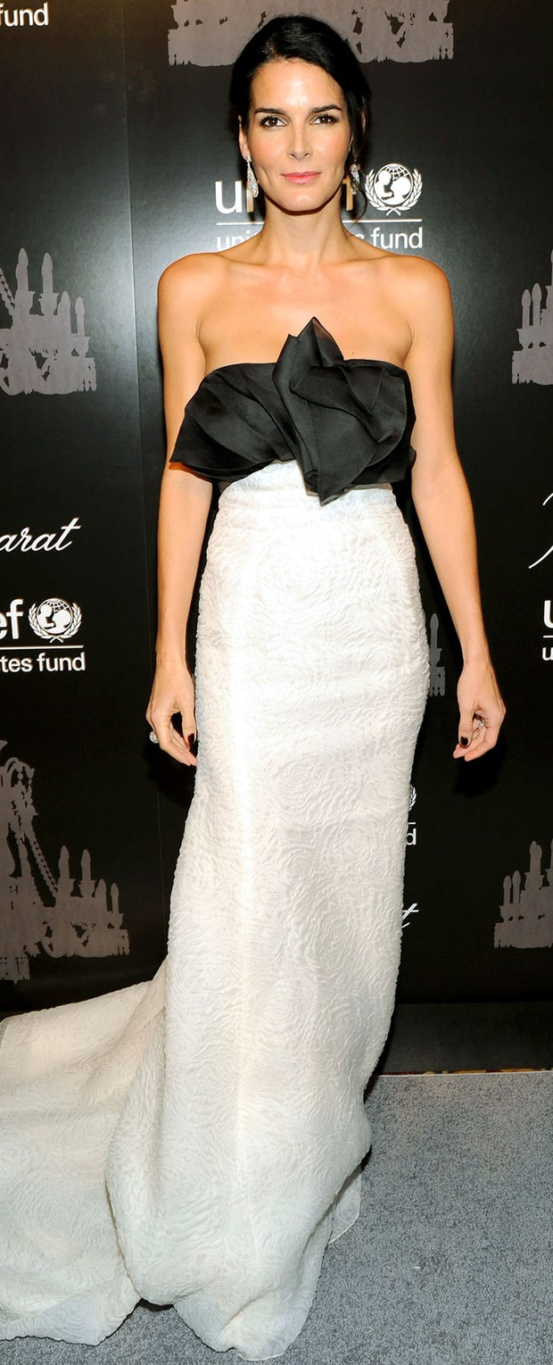 Angie Harmon at the 9th Annual UNICEF Snowflake Ball