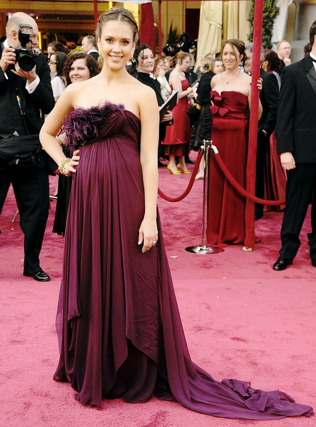 Jessica Alba | Pregnant Celebs at the Oscars