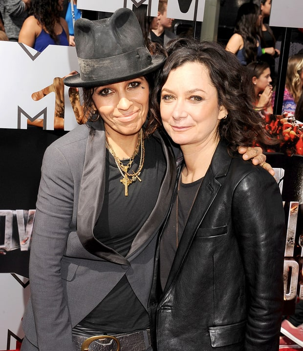 Sara Gilbert and Linda Perry | Celebrity Weddings 2014 ...