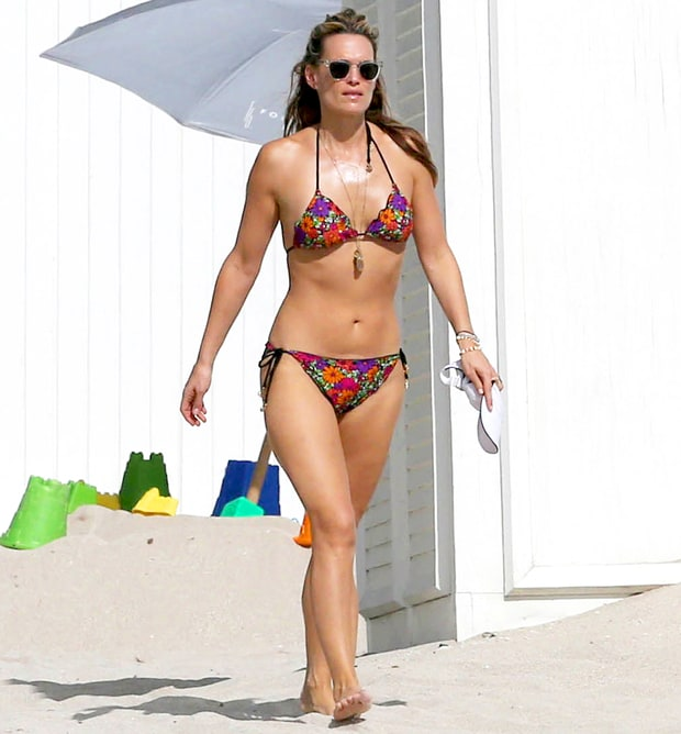 Molly Sims Amazing Post Baby Bikini Bodies See The