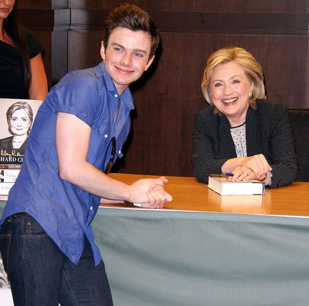 Chris Loves Hillary!