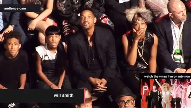 The Time When The Smiths Reacted Perfectly at the VMAs