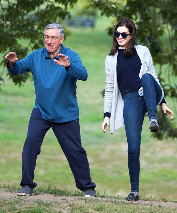 Anne Hathaway And Robert De Niro: Robert De Niro, Anne Hathaway: Silly Senseis