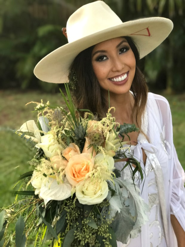 celebrity news pictures inside duck dynasty star rebecca robertsons stunning wedding girls