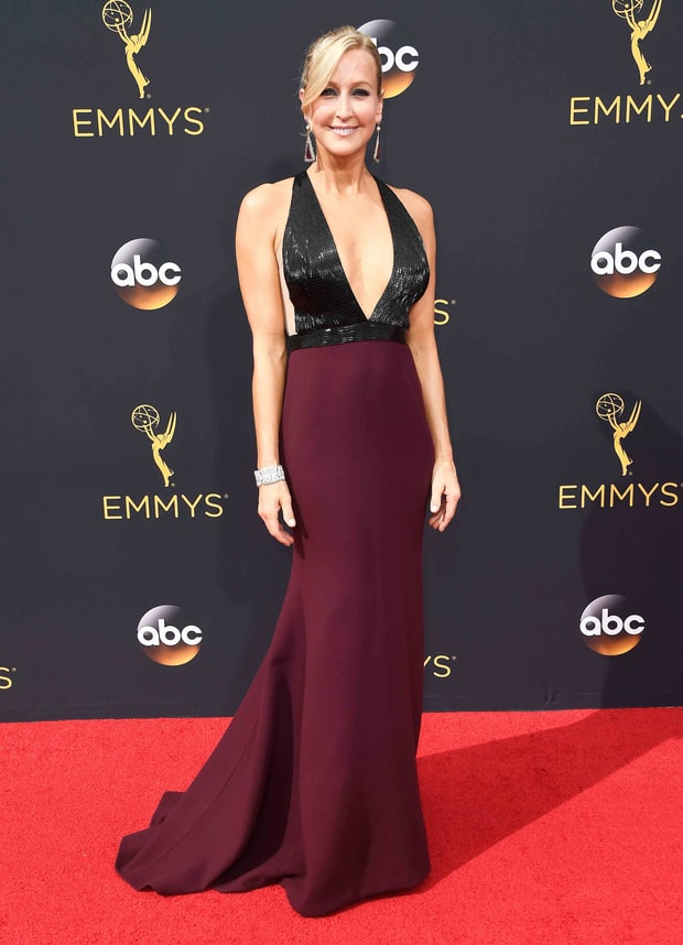 Lara Spencer Emmys 2016 Red Carpet Fashion See What The