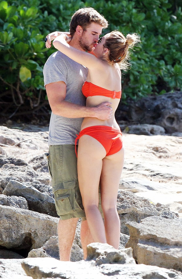 Smooching Soulmates | Miley Cyrus and Liam Hemsworth's Love Story ...