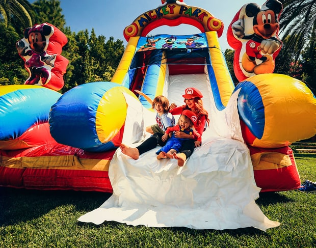 Christina Aguilera's Daughter Summer Turns 2, Celebrates With Super Mario-Themed Bash!