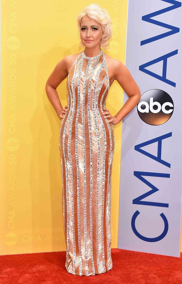 meghan linsey cma awards  red carpet fashion