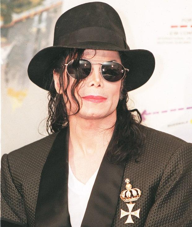 <b>Michael Jackson</b> - michael-jackson-inline-9e436ebe-82ce-437c-b806-ccadf56dc585