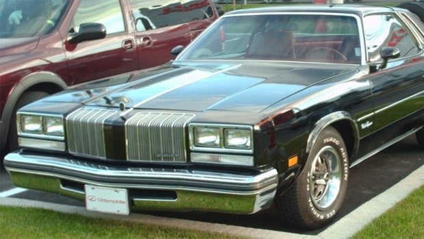'77 Oldsmobile Cutlass