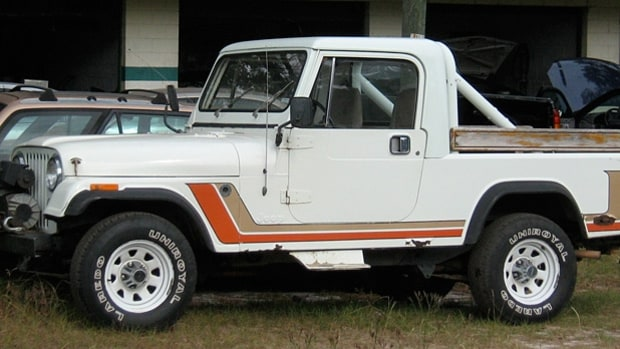 1981-1986 Jeep CJ8 Scrambler