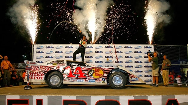 Ohio: Tony Stewart's Dirt Track