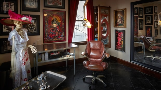 Plurabella tattoo studio cincinnati oh corey miller 39 s for Best tattoo shops in ohio