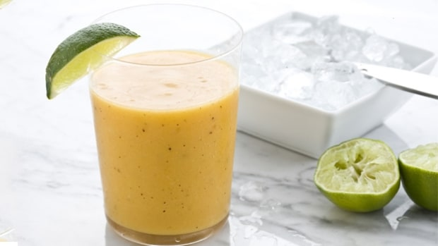 Curtis Stone's Tropical Smoothie