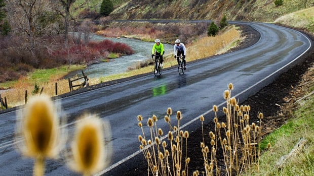 Oregon's Best Open-Road Bike Tours