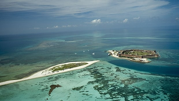 Dry Tortugas National Park In Florida National Parks Only Accessible By Boat Or Plane Men 39 S